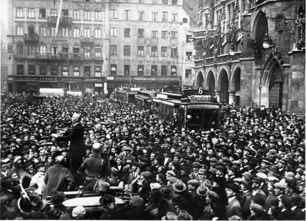 1923 nov 9 Marienplatz