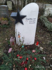 Angelika Lex Grab 166d